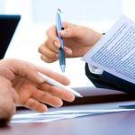 Rechtvaardigt een inbreuk op auteursrechten door een werknemer de ontbinding van een arbeidsovereenkomst?